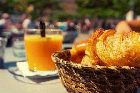breakfast-498480_640